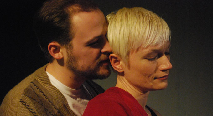 John Milsap and Amanda Creighton Phillips in Tom Stoppard's <i>The Real Thing</i>.